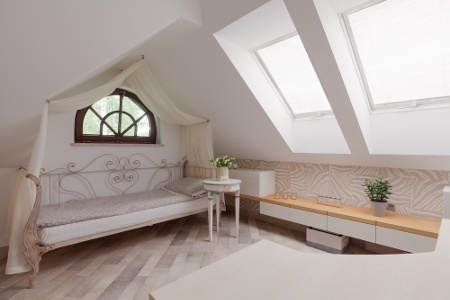 Sunny room in the attic in romantic style1.jpeg